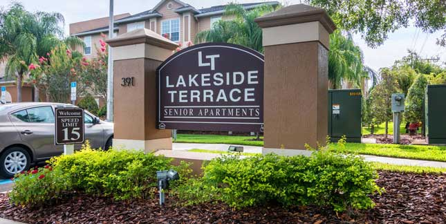 Lakeside Terrace Apartments Office Exterior